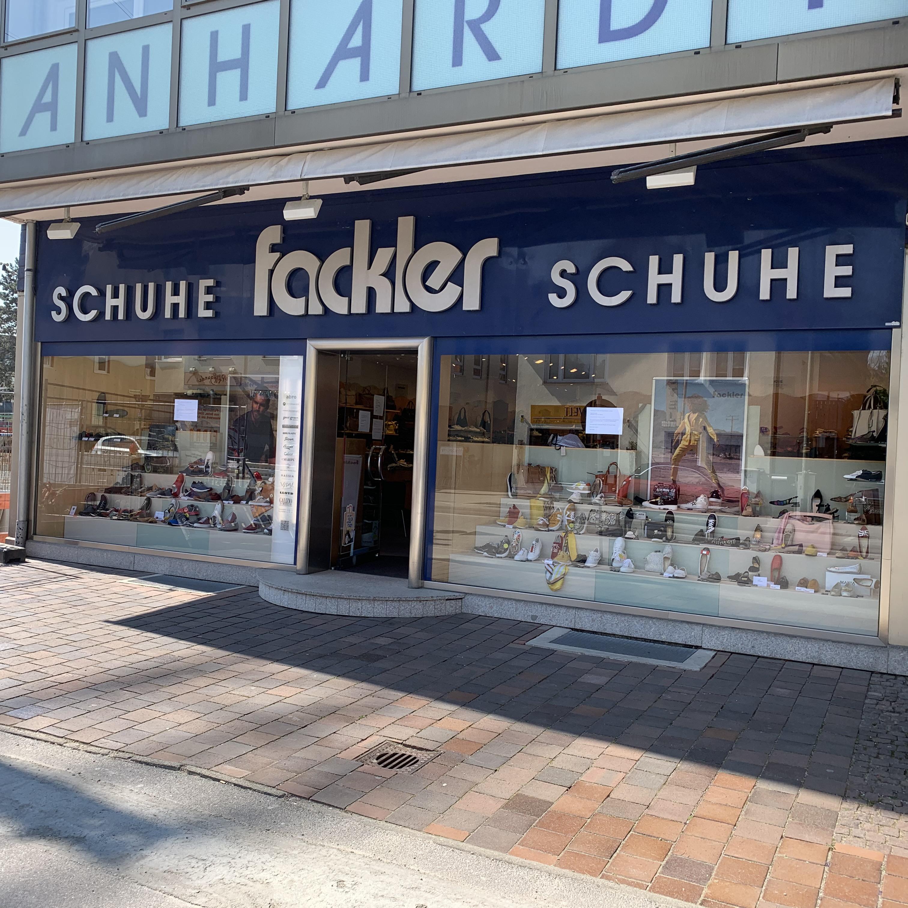 Schuh Fackler