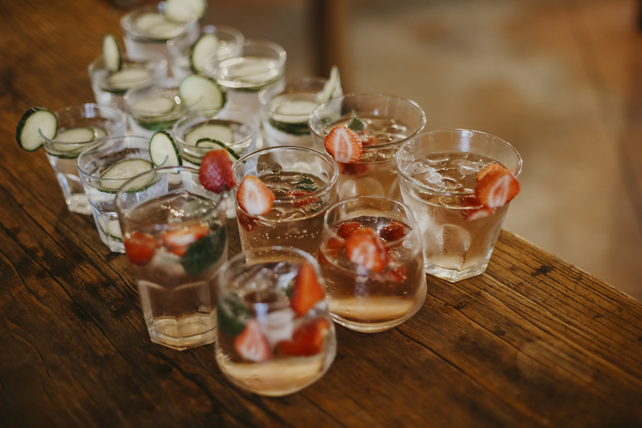 refreshing wedding drinks
