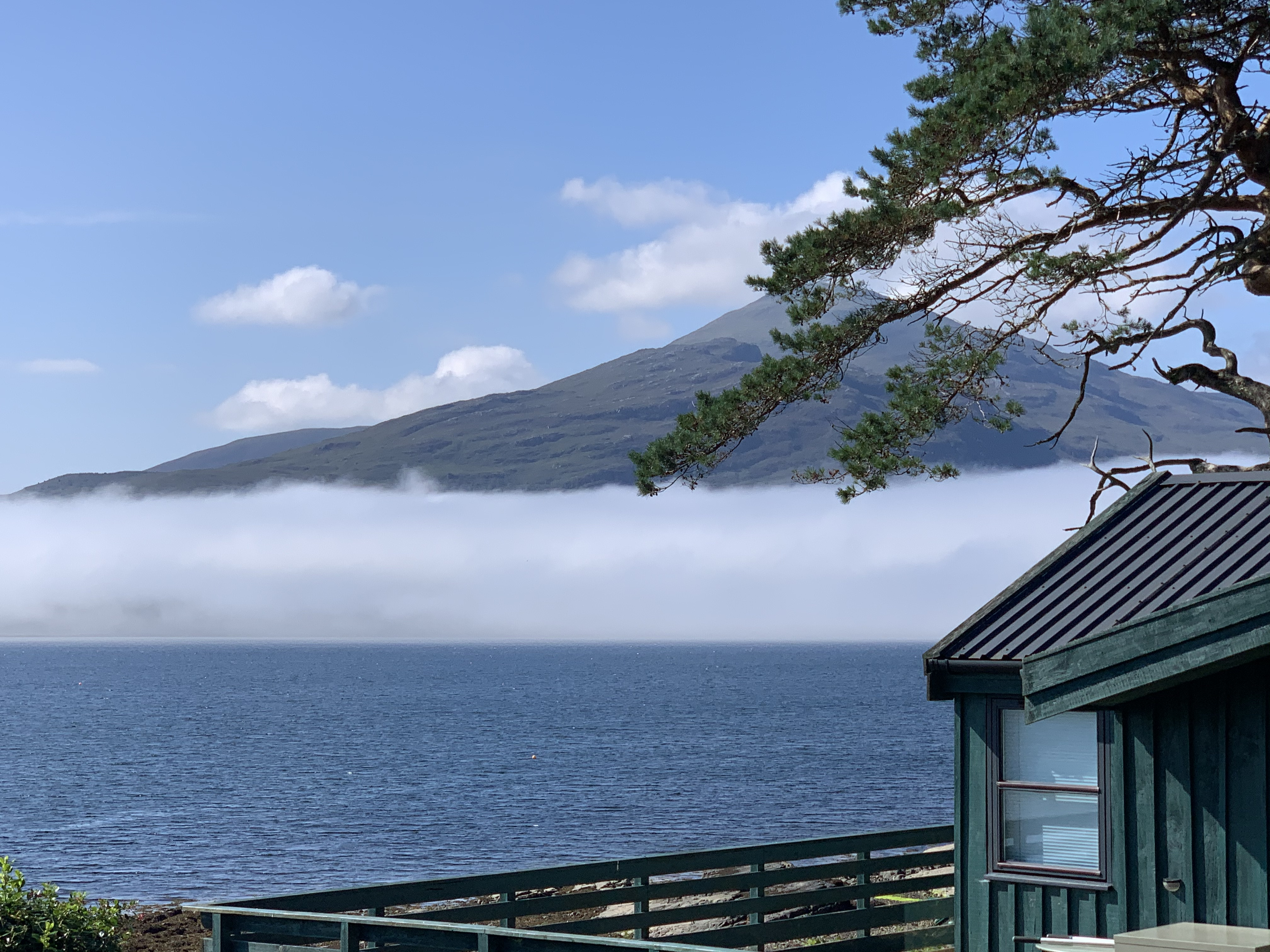 Self catering Chalet with large private deck, metres from the shore line with breath taking views across Loch Alsh overlooking the Isle of Skye.