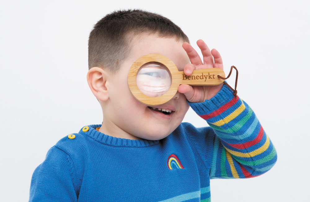 Magnifying Glasses and Minibeasts