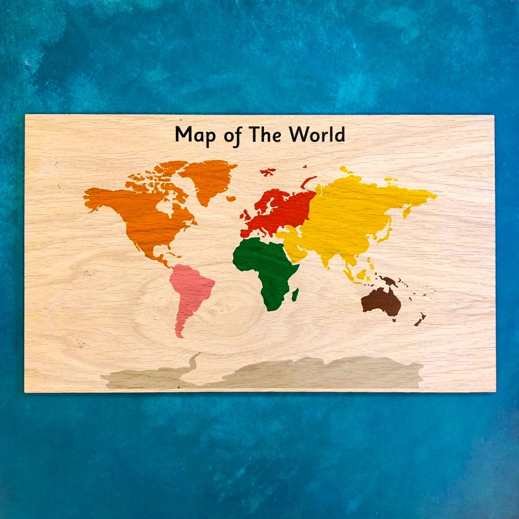 Montessori Inspired Wooden Display Board - Atlas / Map of the World