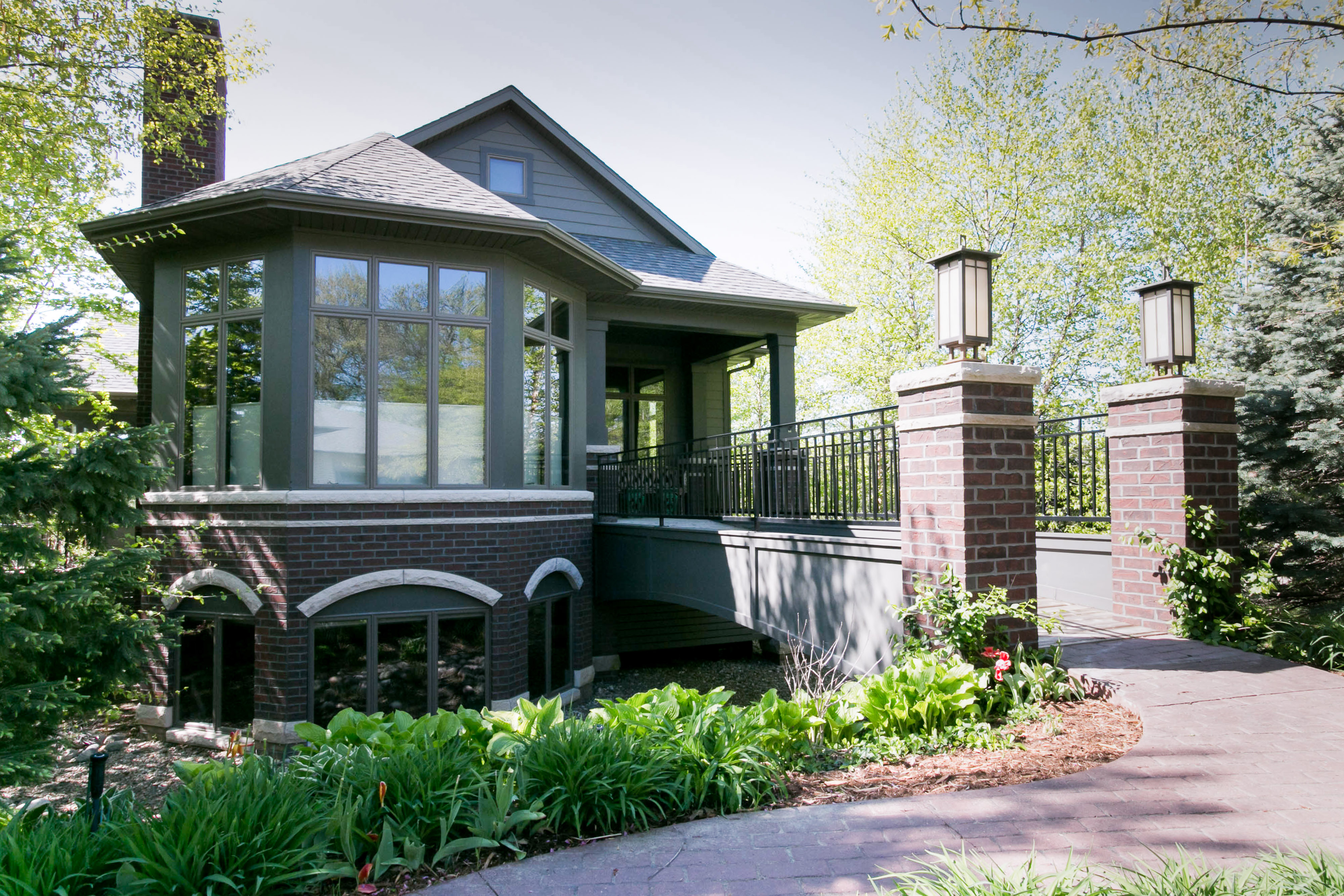 25 White Oak exterior photo
