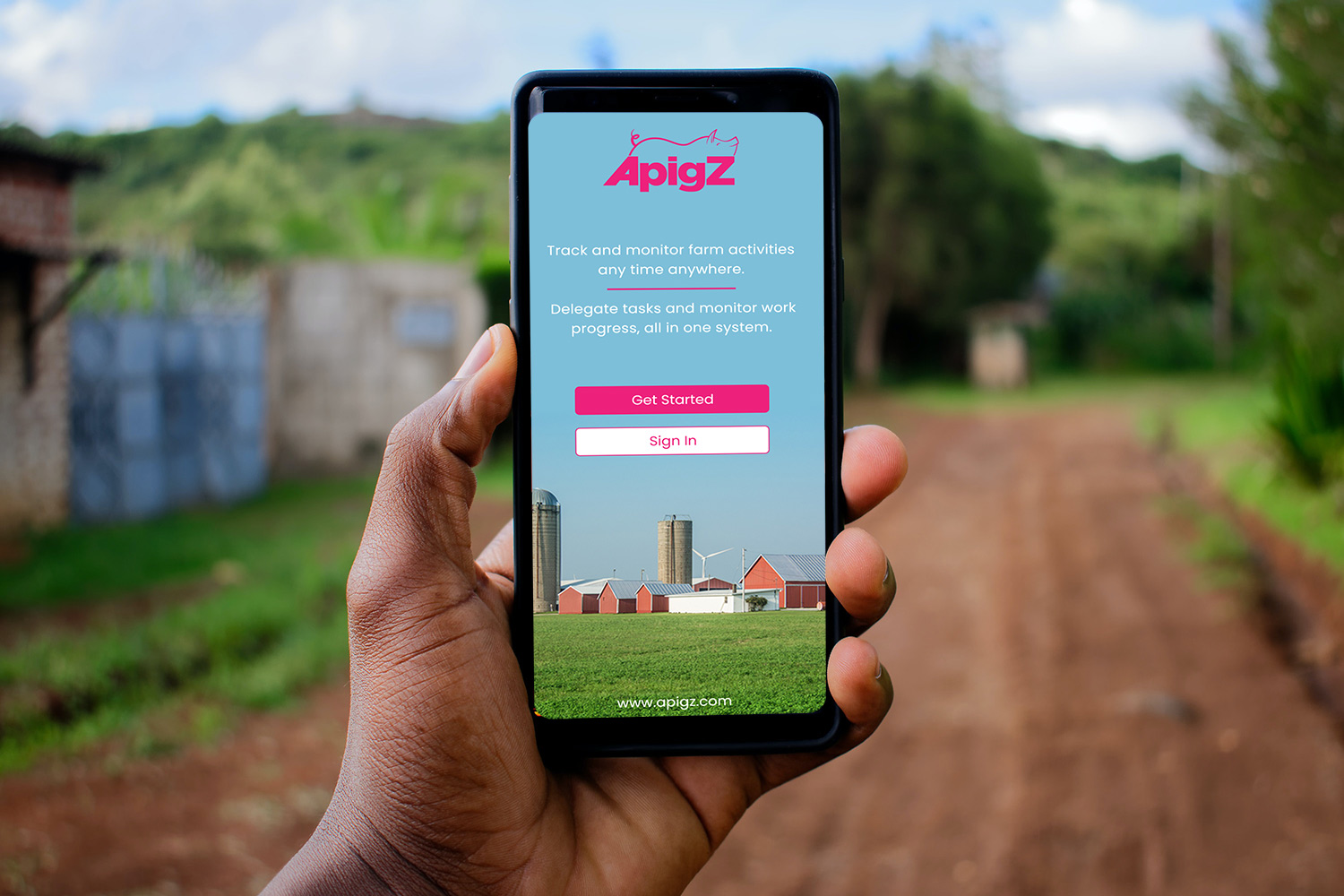 ApigZ is a cloud-based pig farm management system that helps customers perform critical management tasks from any device, at any location.