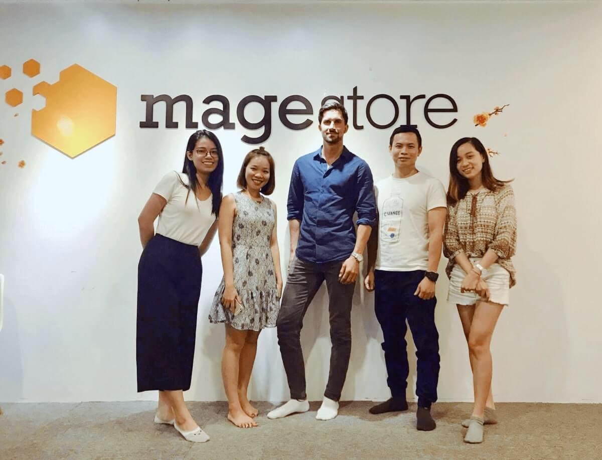 business consultant team magestore