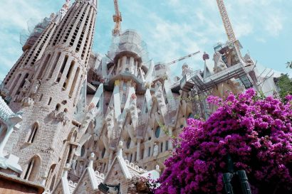 CocoVail Study Abroad in Barcelona Gaudi