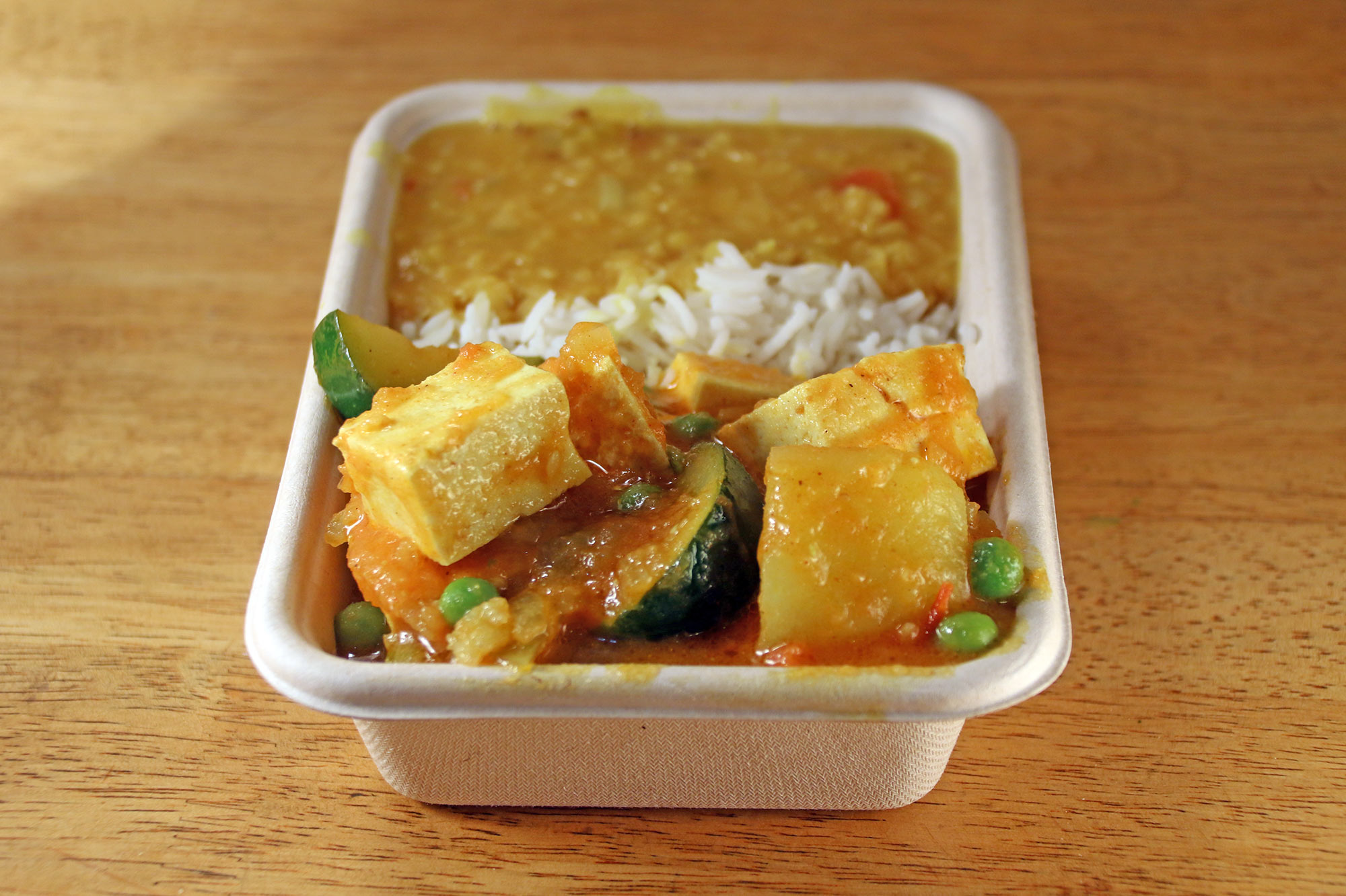 Tofu and mixed vegetables curry