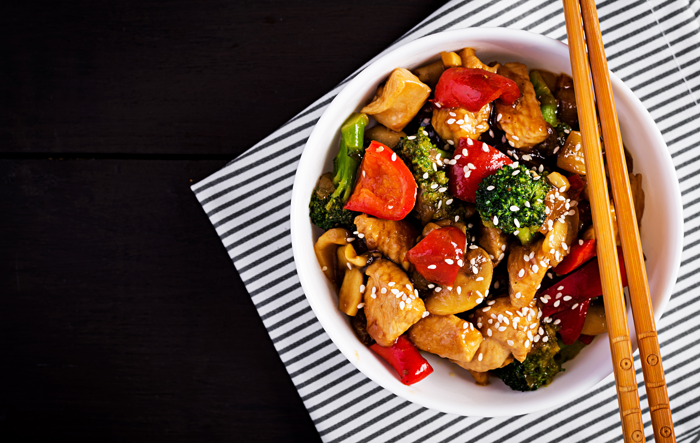 Oriental Chicken and Vegetable Bowl