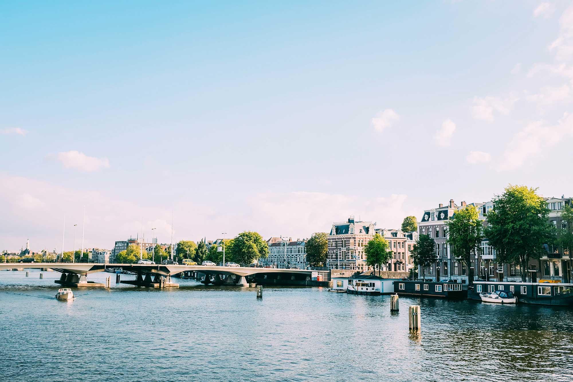 Spotzer branding Amsterdam canal