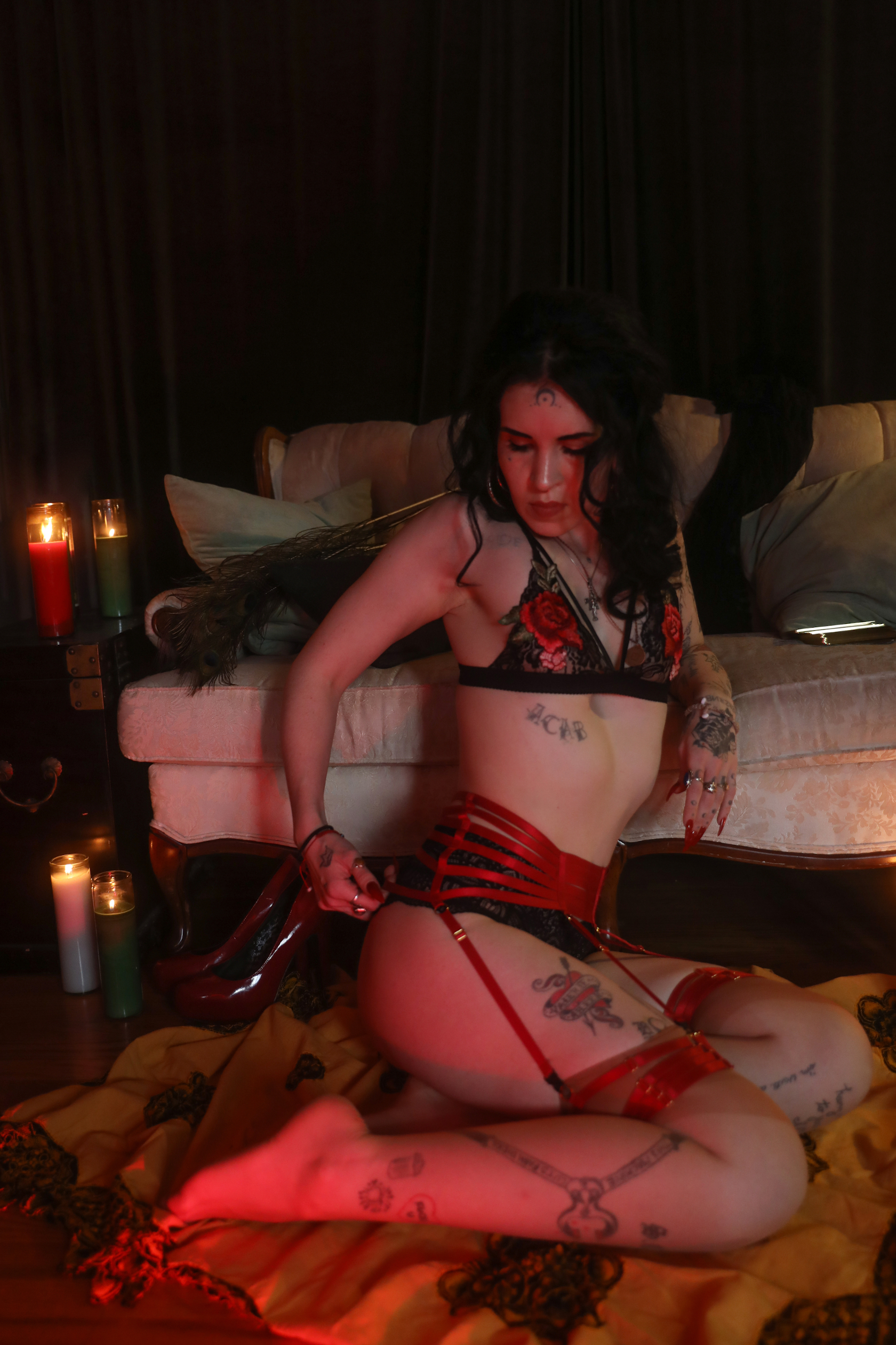 Ruby Bell Chicago Escort and Dominatrix