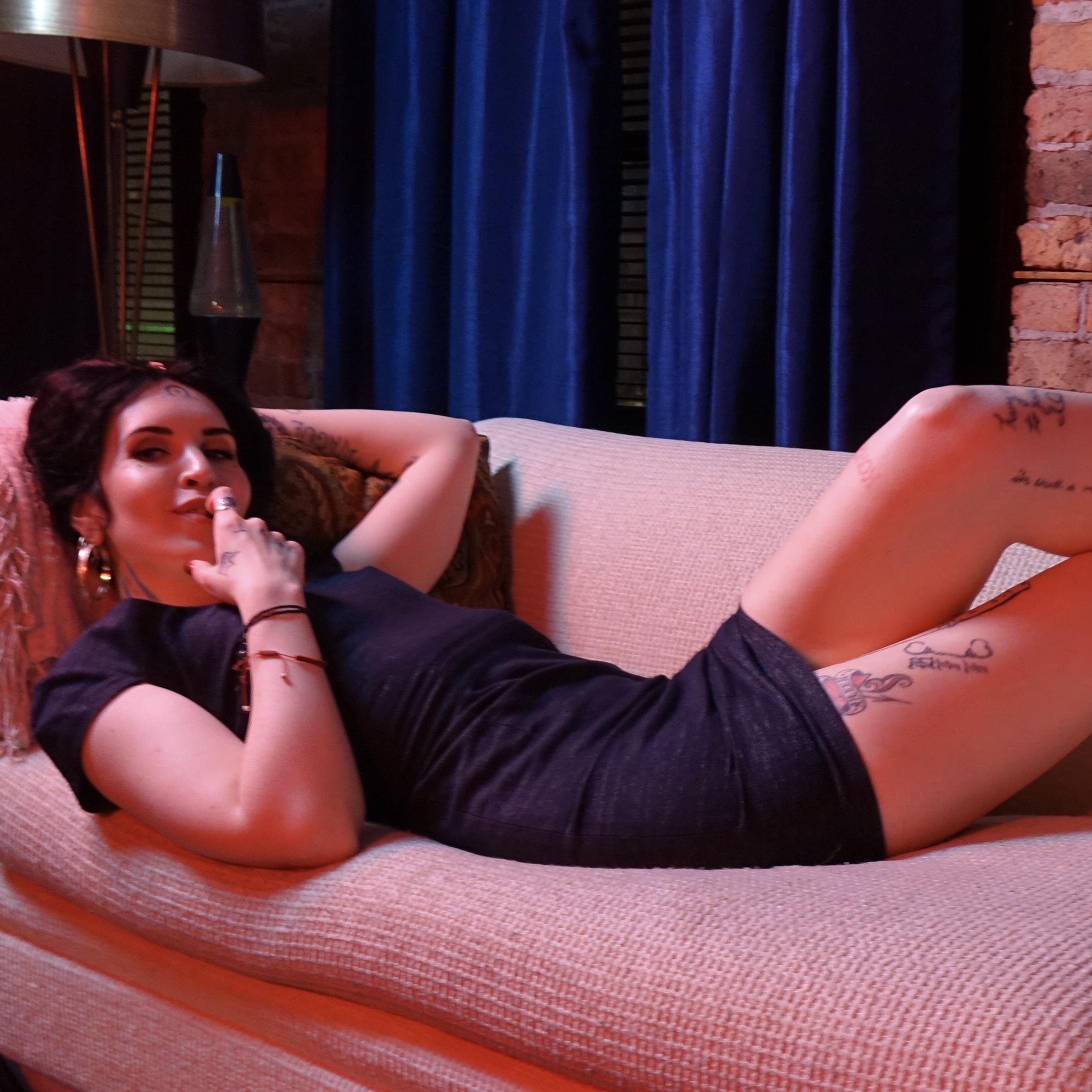 Photo of Ruby Bell, tall alternative brunette escort