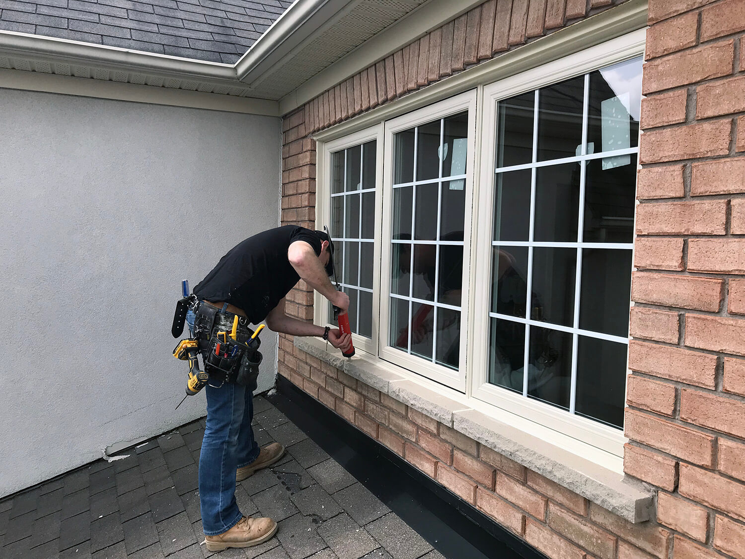 Installation of windows in Toronto