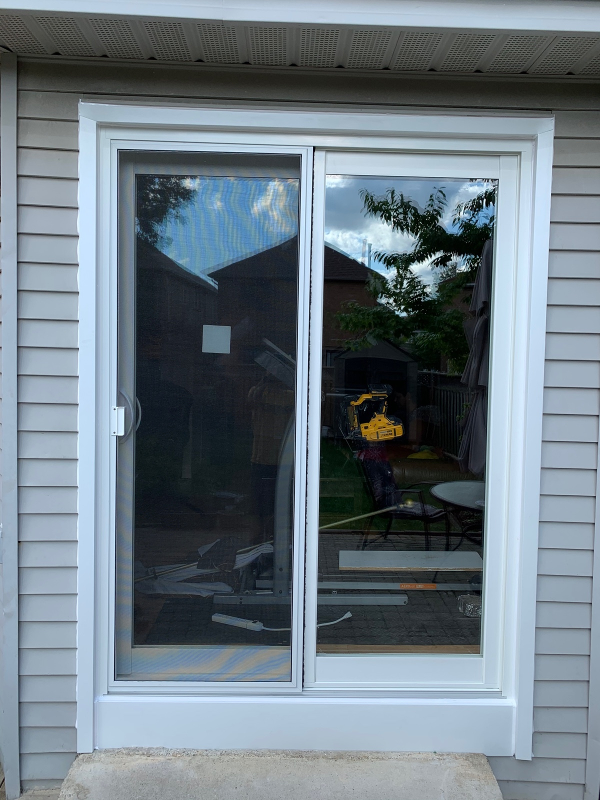 Backyard patio door replacement in Mississauga