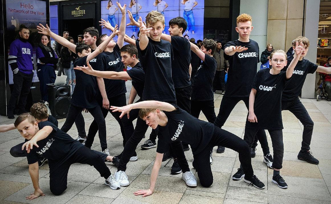 northern school of contemporary dance collide dancers