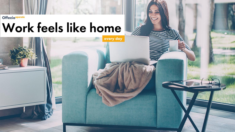 Frau arbeitet von Zuhause aus