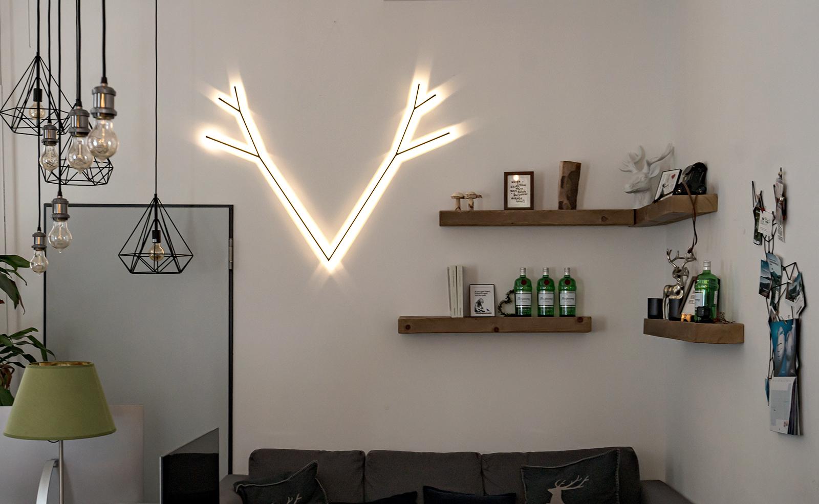 Lampe in Geweih- Form
