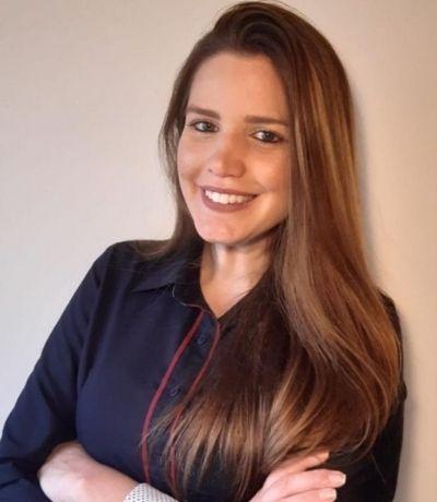 Dra. Paula Faber Advogada