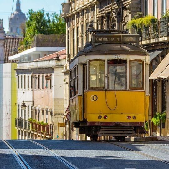 Bonde em Lisboa Carolina Felix
