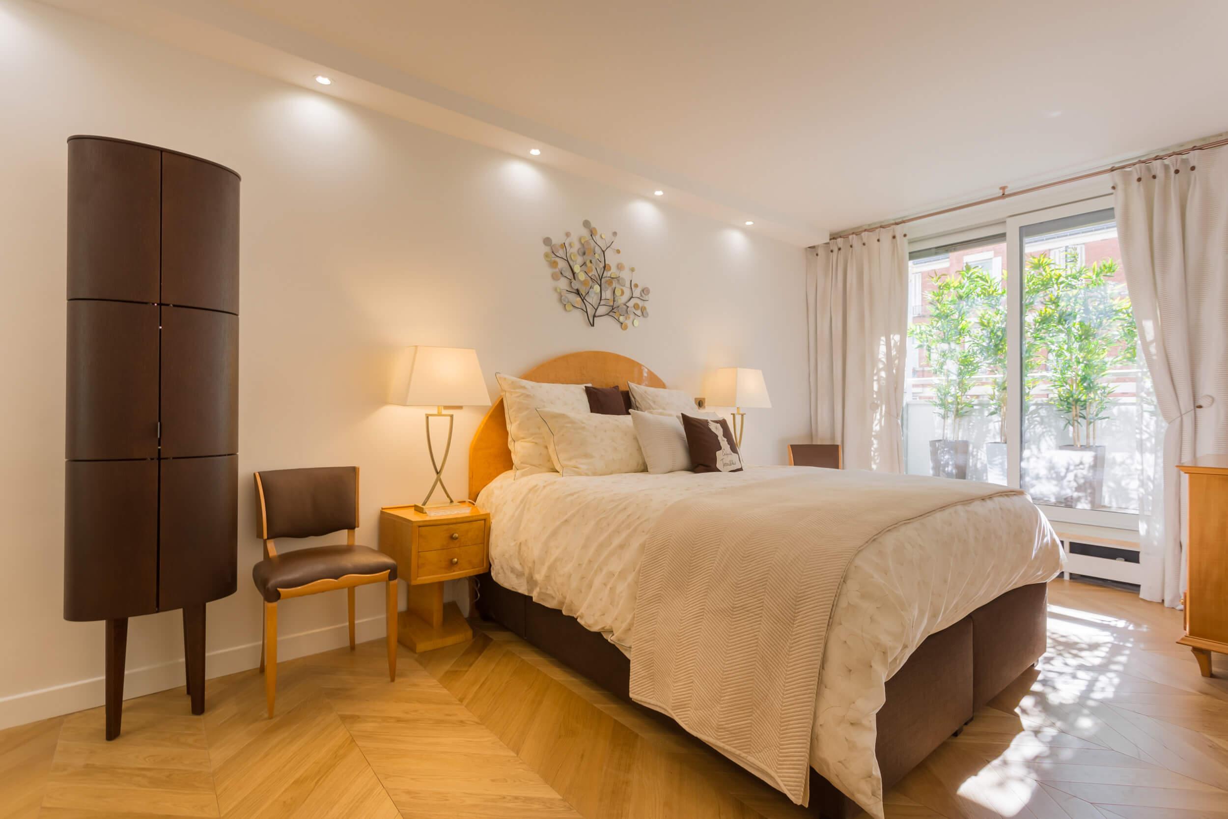 Lien vers appartement de 80 mètres carrés à Paris 16