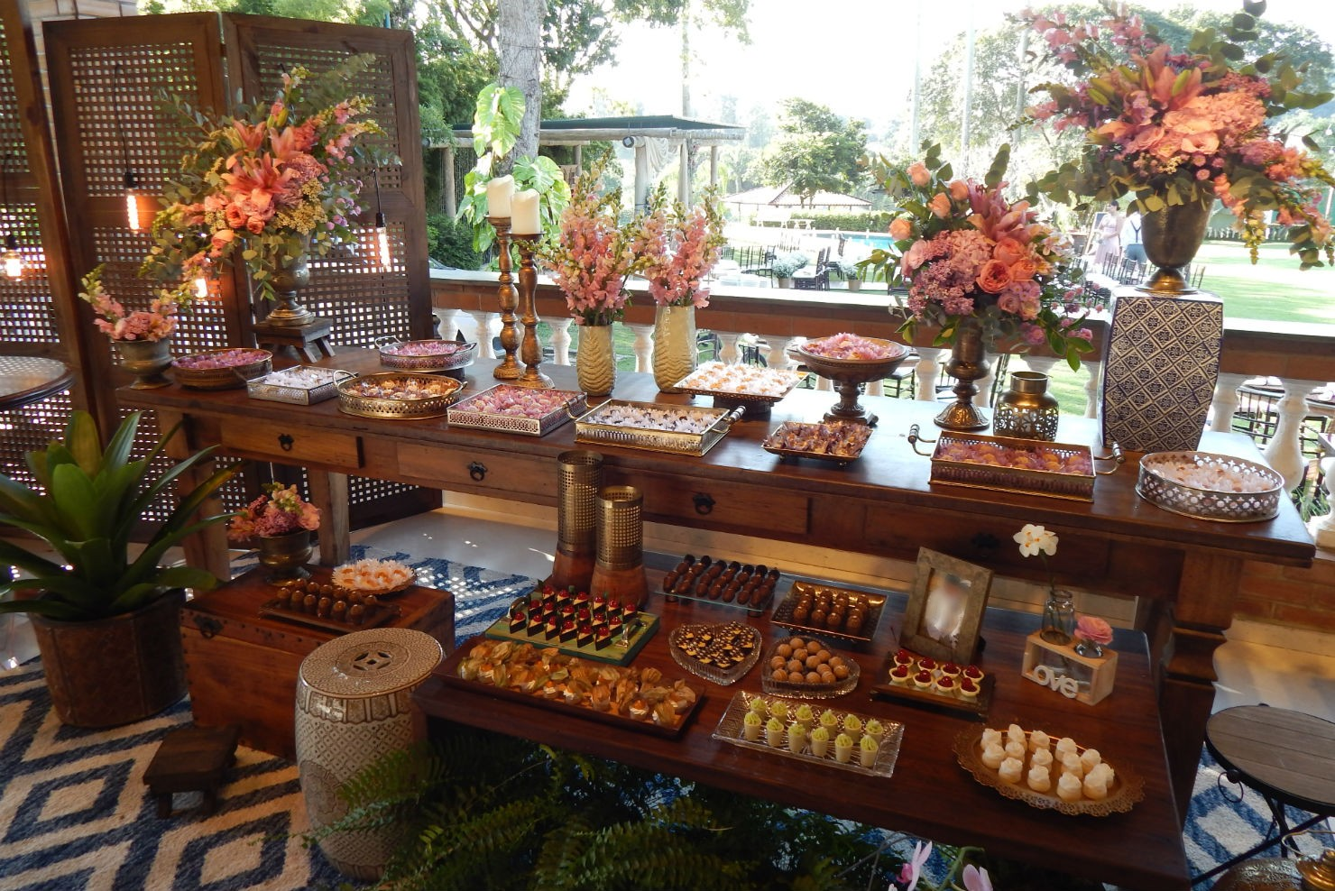 Mesa de doces em um casamento