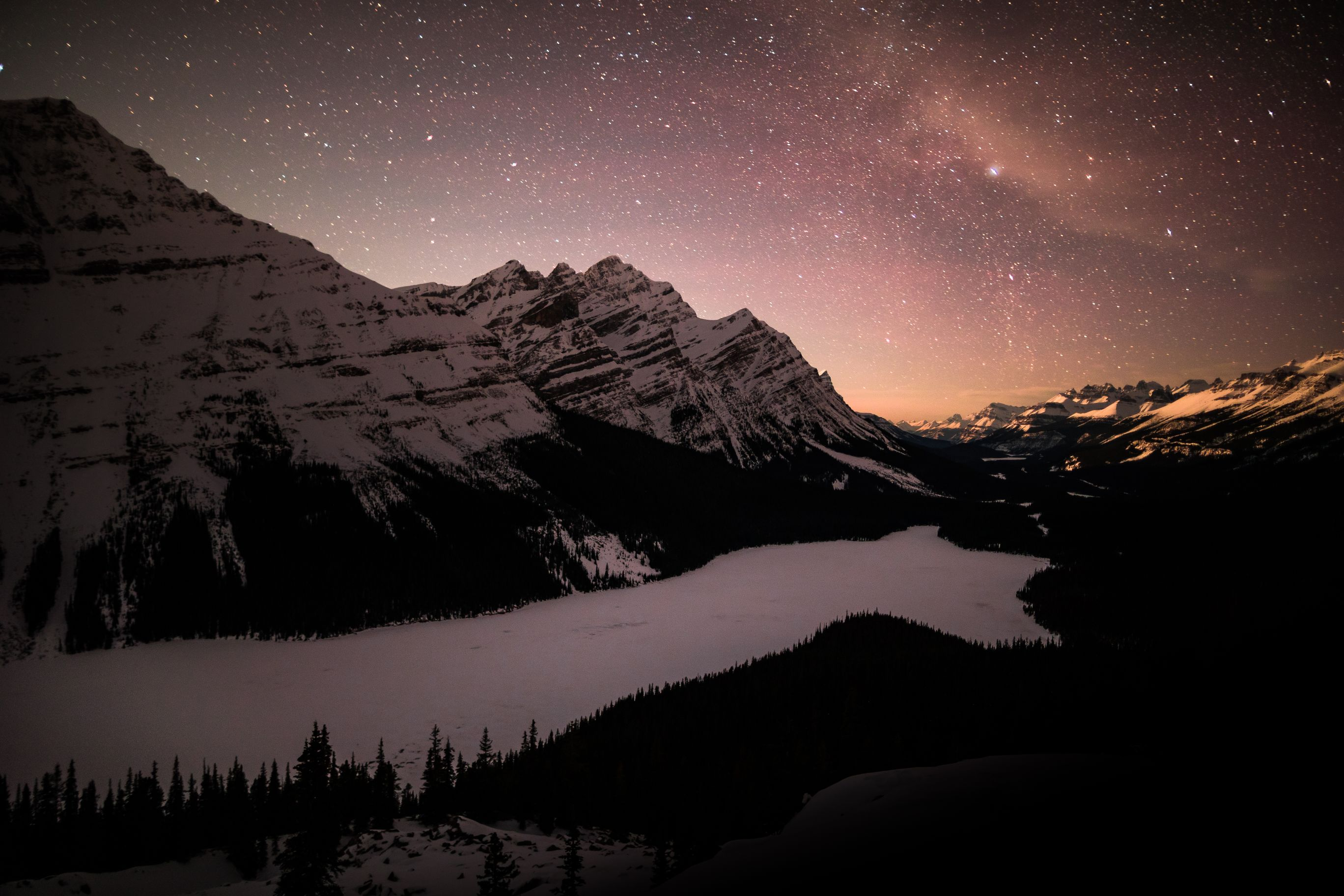 Night landscape of Peyto Lake with the stars above.