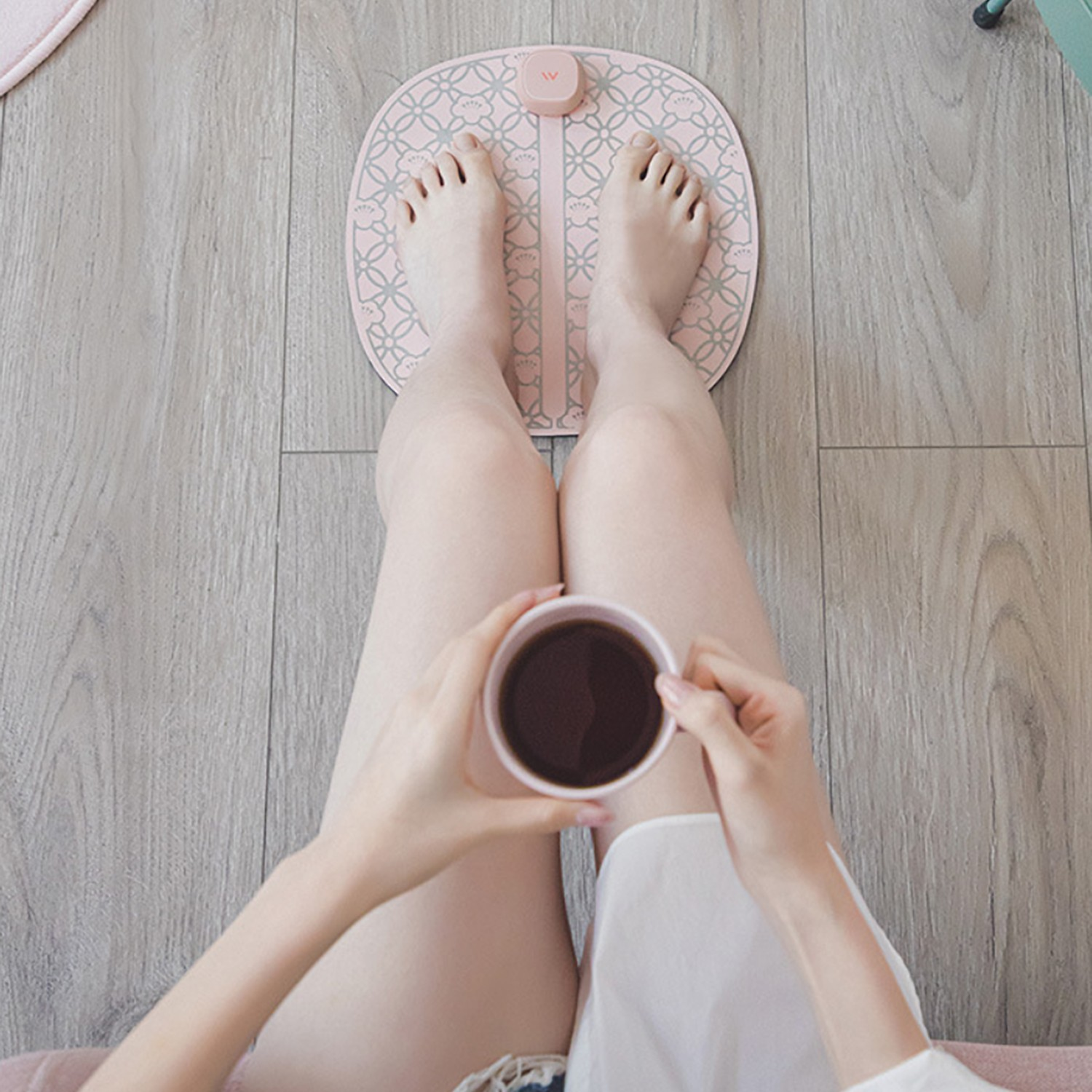 relax while having coffee