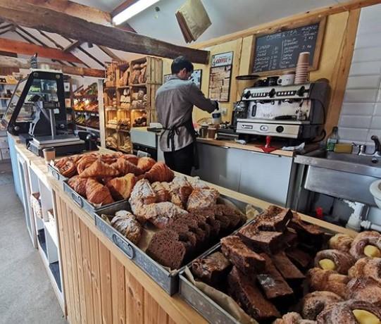 Woosters Bakery