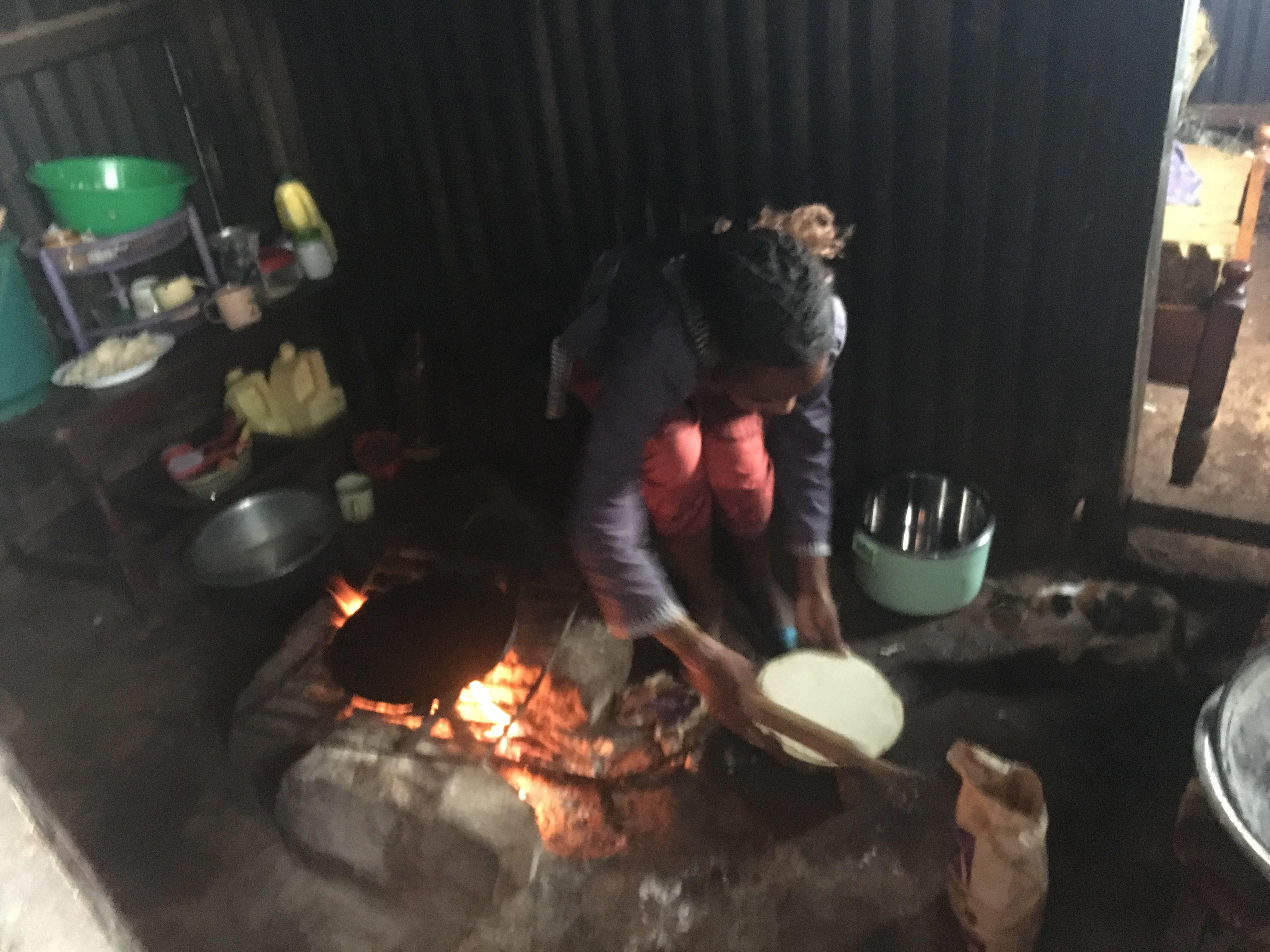 Kenyan maasai making chapati
