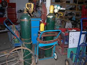 Acetylene and oxygen tanks should not be stored together.