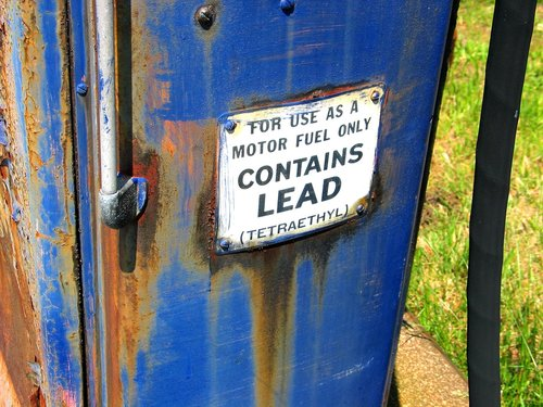 Contains Lead, Sign on Tank