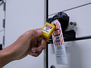 Lockout Tagout on Machine