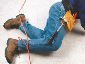 Construction Worker Tripped on Extension Cord