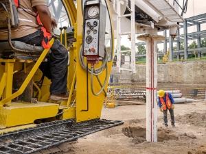 Heavy Equipment, Digging Hole