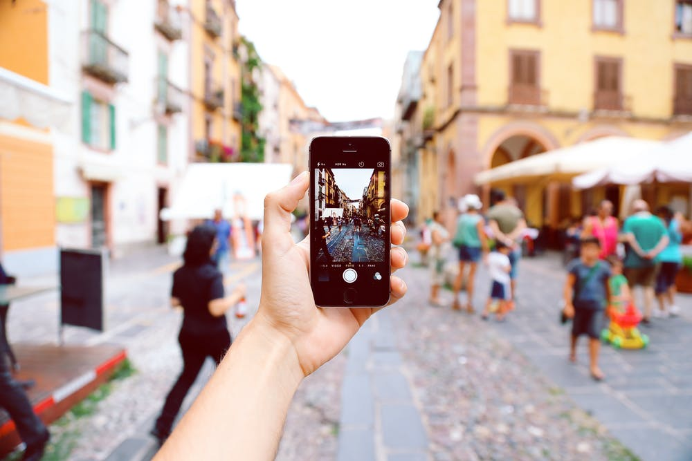 A Guide to Using Influencer Marketing for Small Businesses