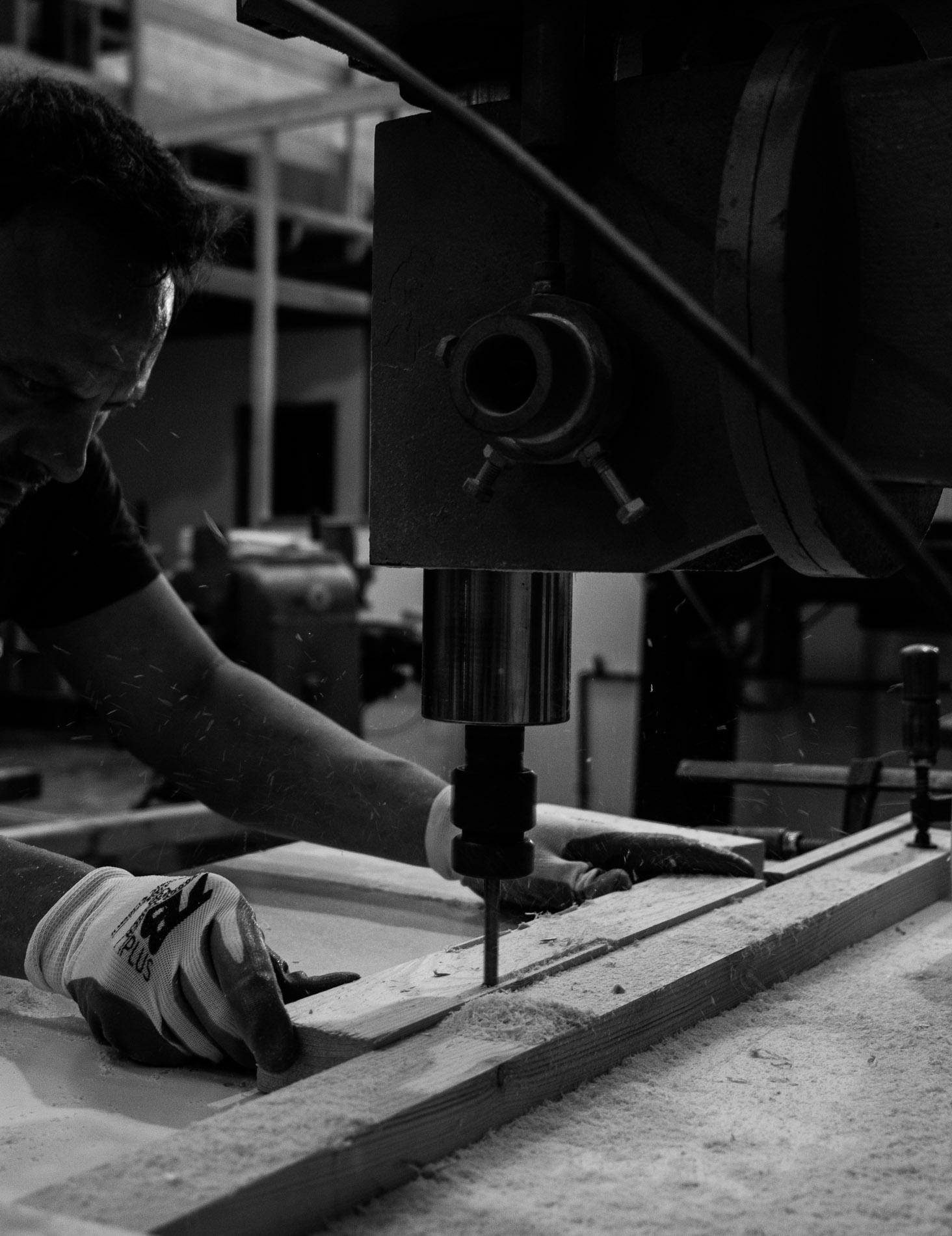 Unir presente y futuro mediante el trabajo con la madera