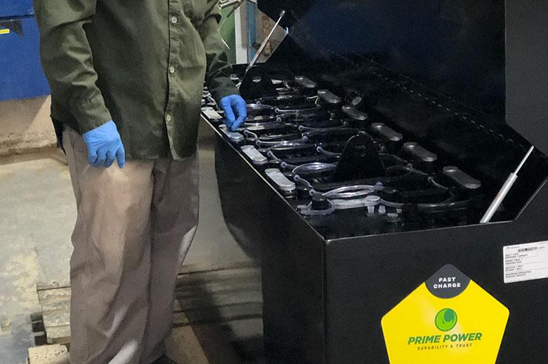 Fabricación de baterías especiales para montacargas