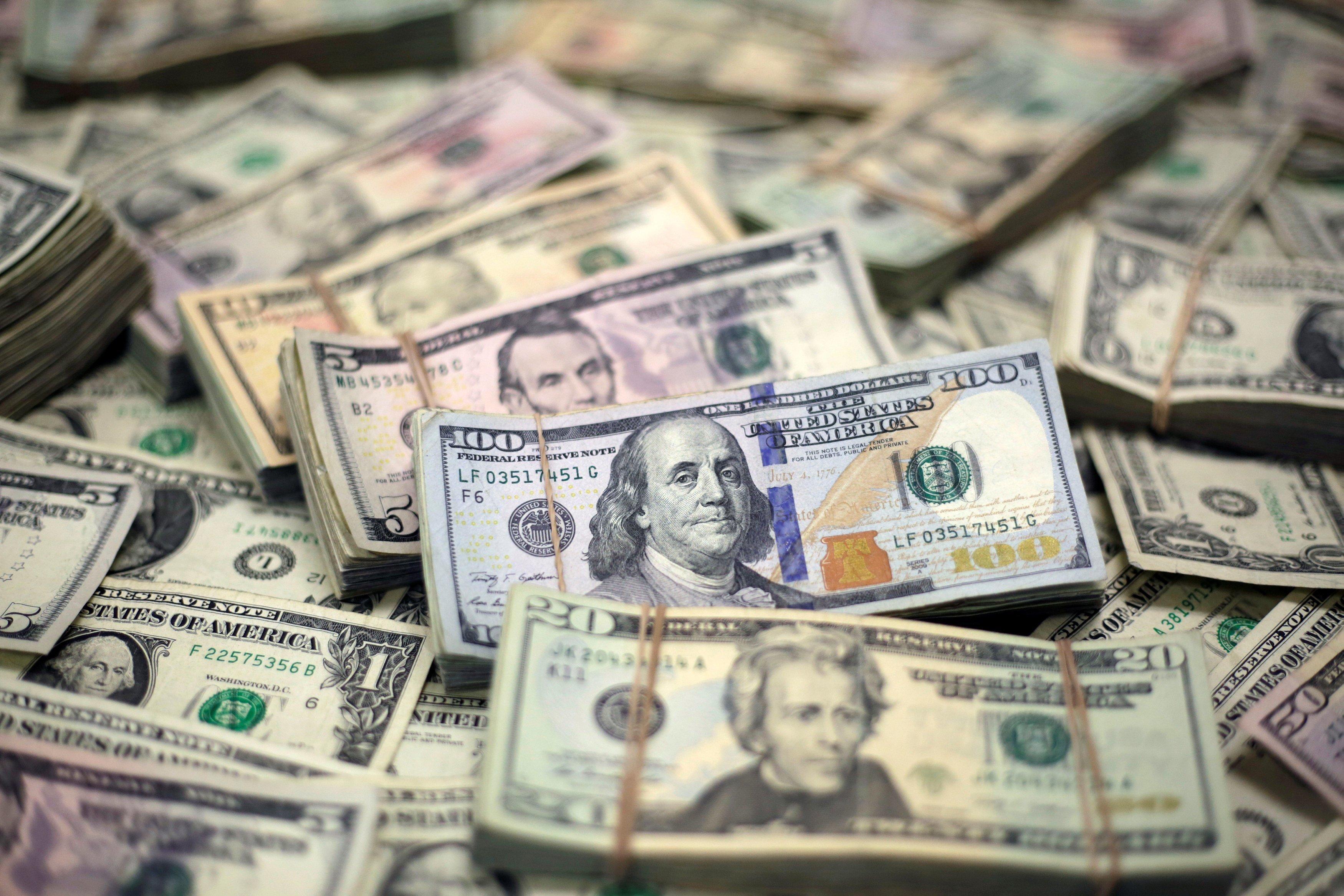 FOREX_week-ahead-dollar-strong-ahead3006_FXPIG