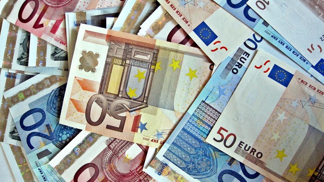 FOREX_EURO-rises_FXPIG