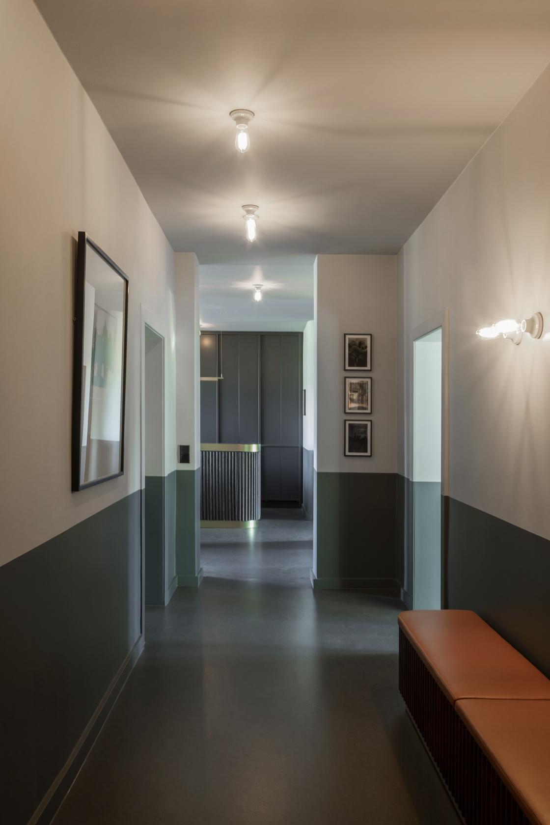 1. Eingangsbereich