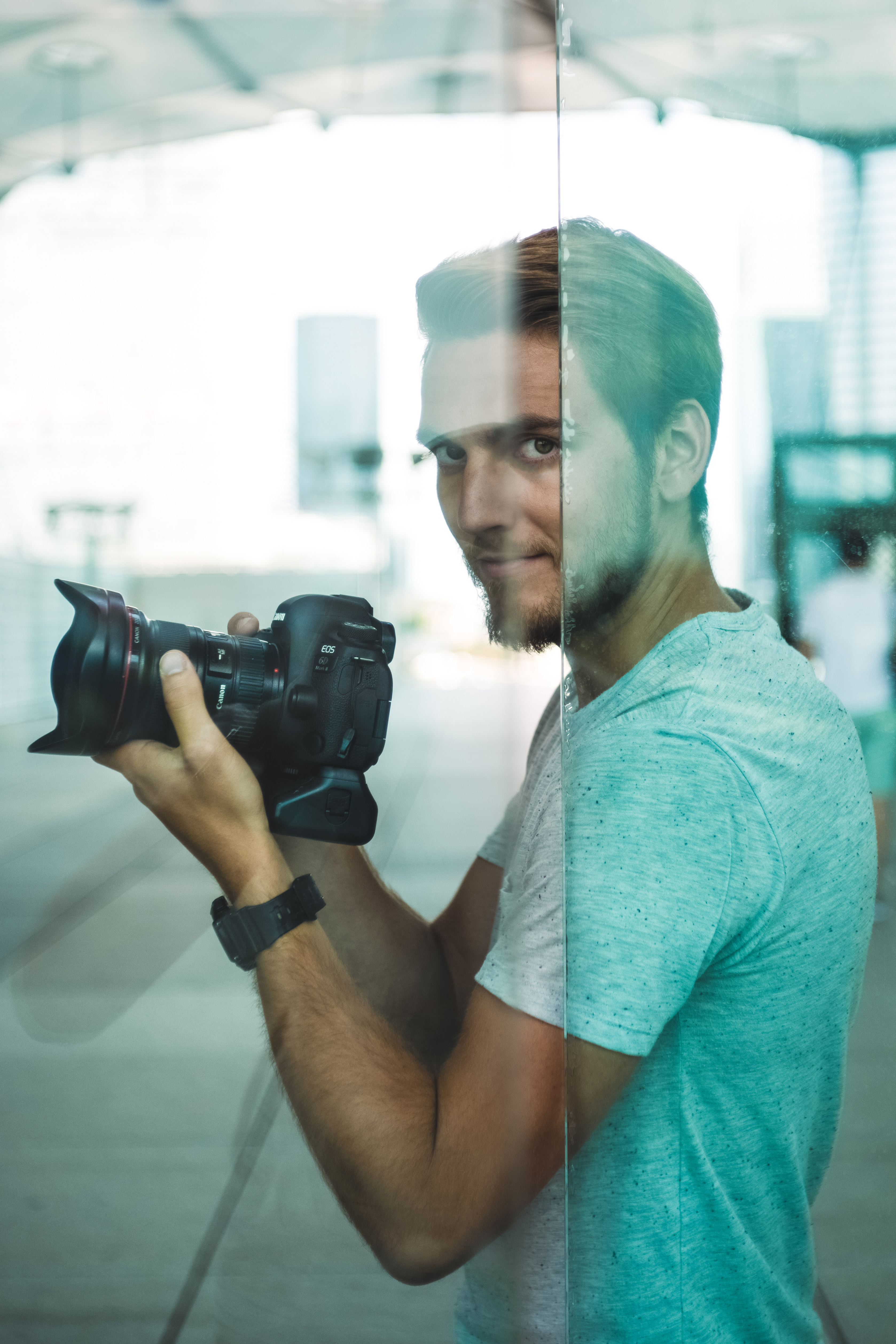 Behind the scene photography of Maxime Horlaville - MxHpics