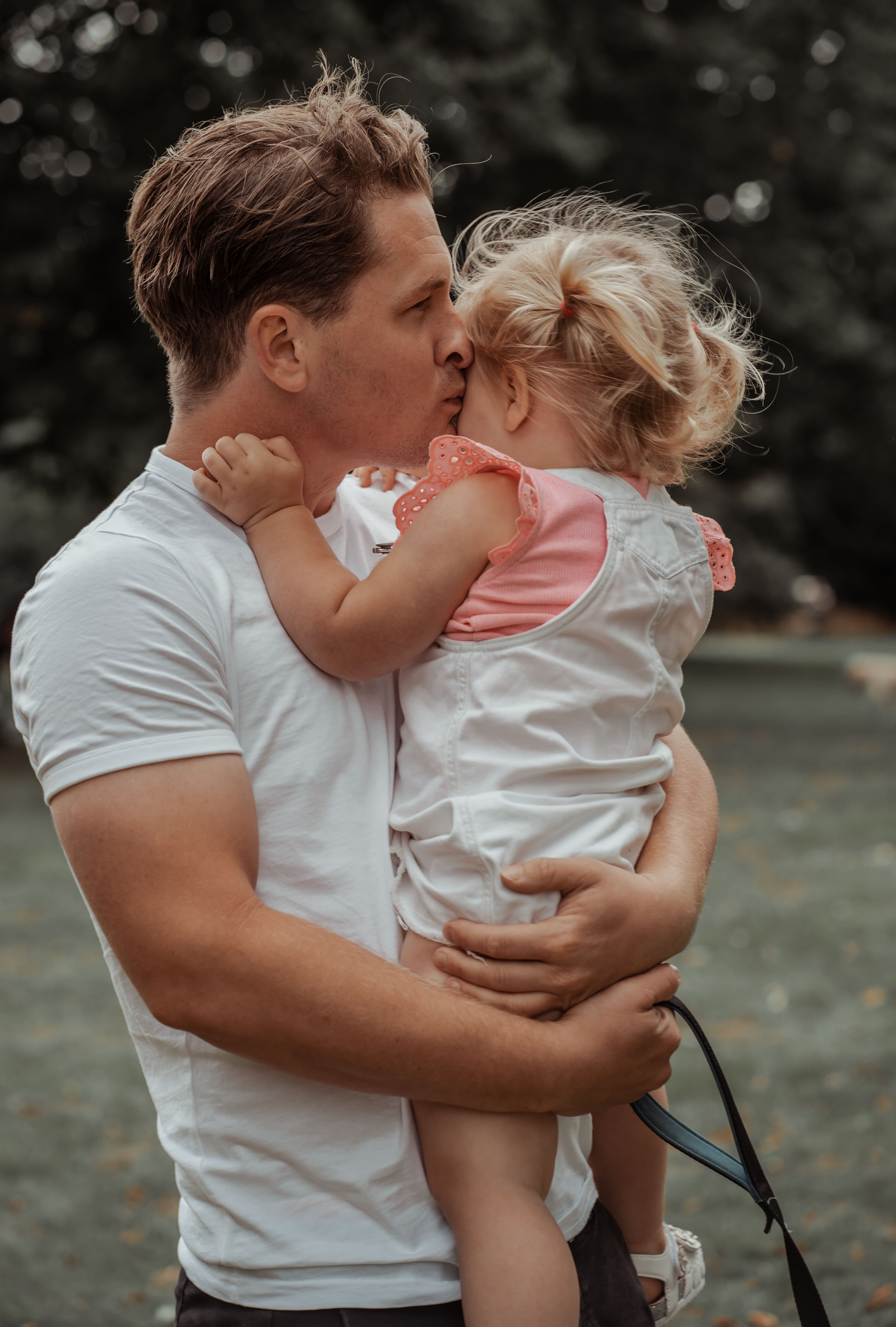 Daddy daughter photography