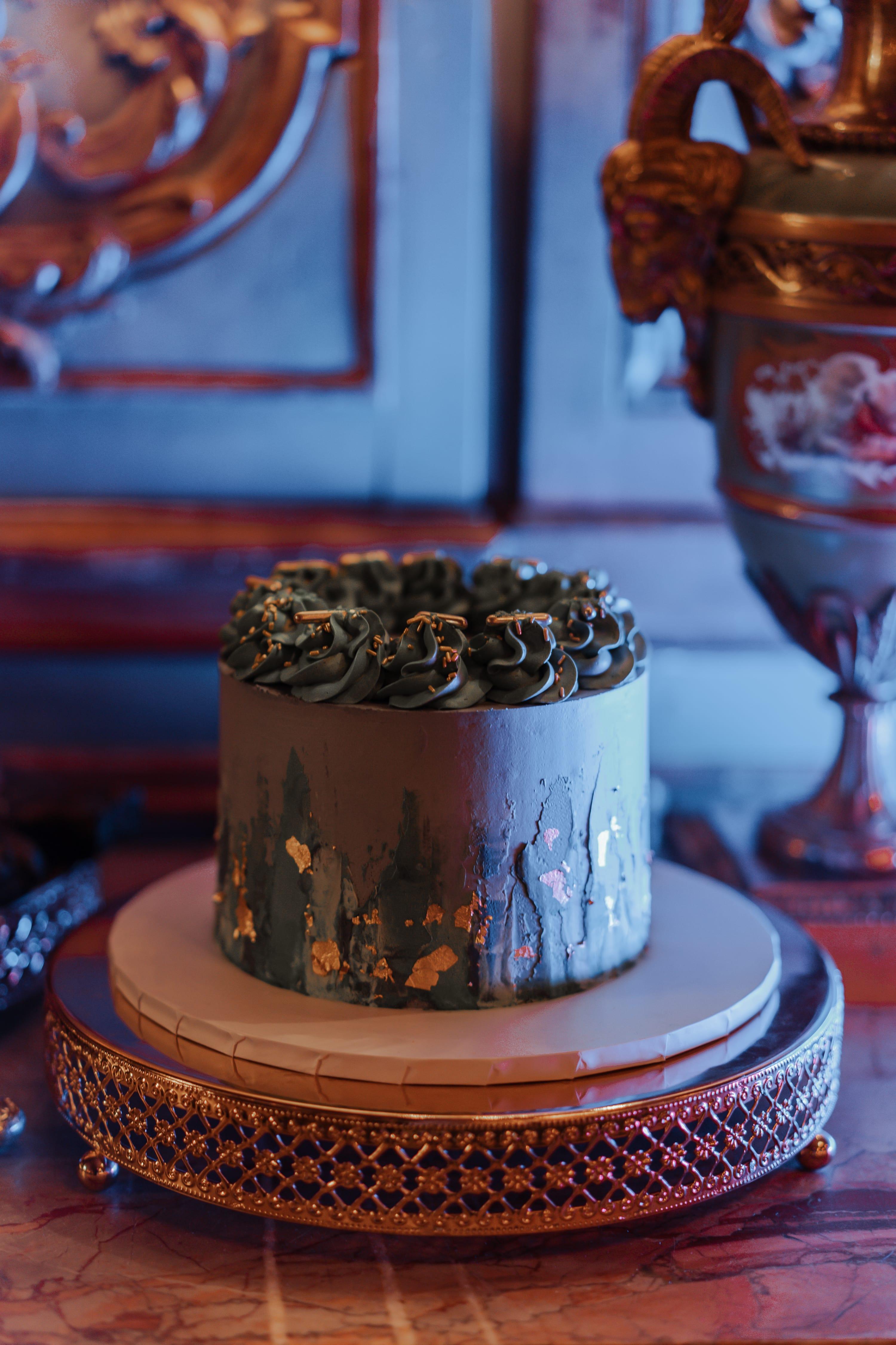 Microwedding cake