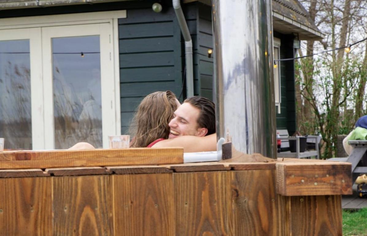 Quarantaine romantisch doorkomen? Huur een hottub!