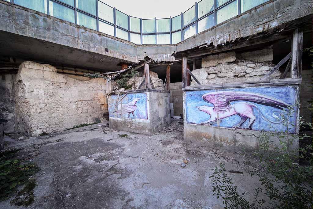 Части от римската крепостна стена на Одесос