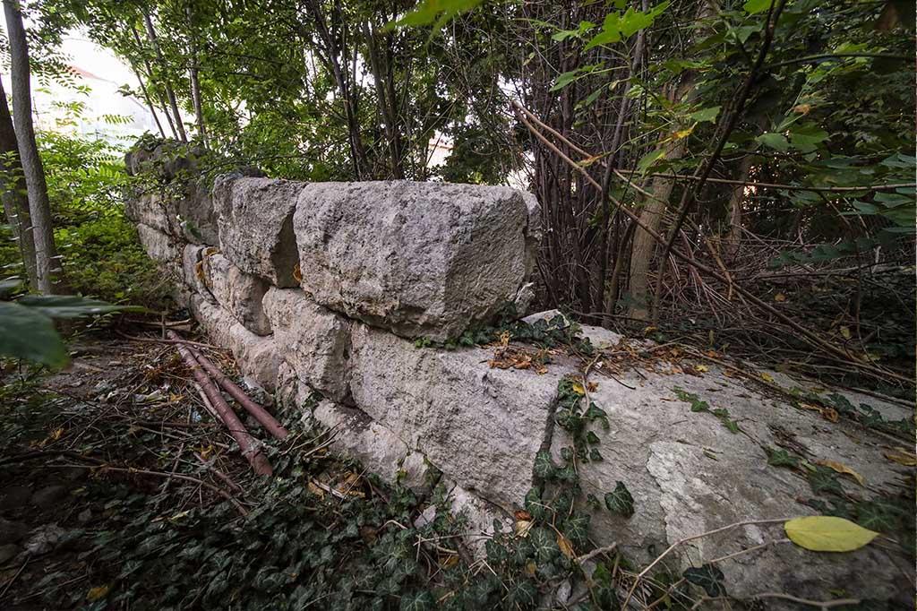 Част от елинистична крепостна стена на древния Одесос