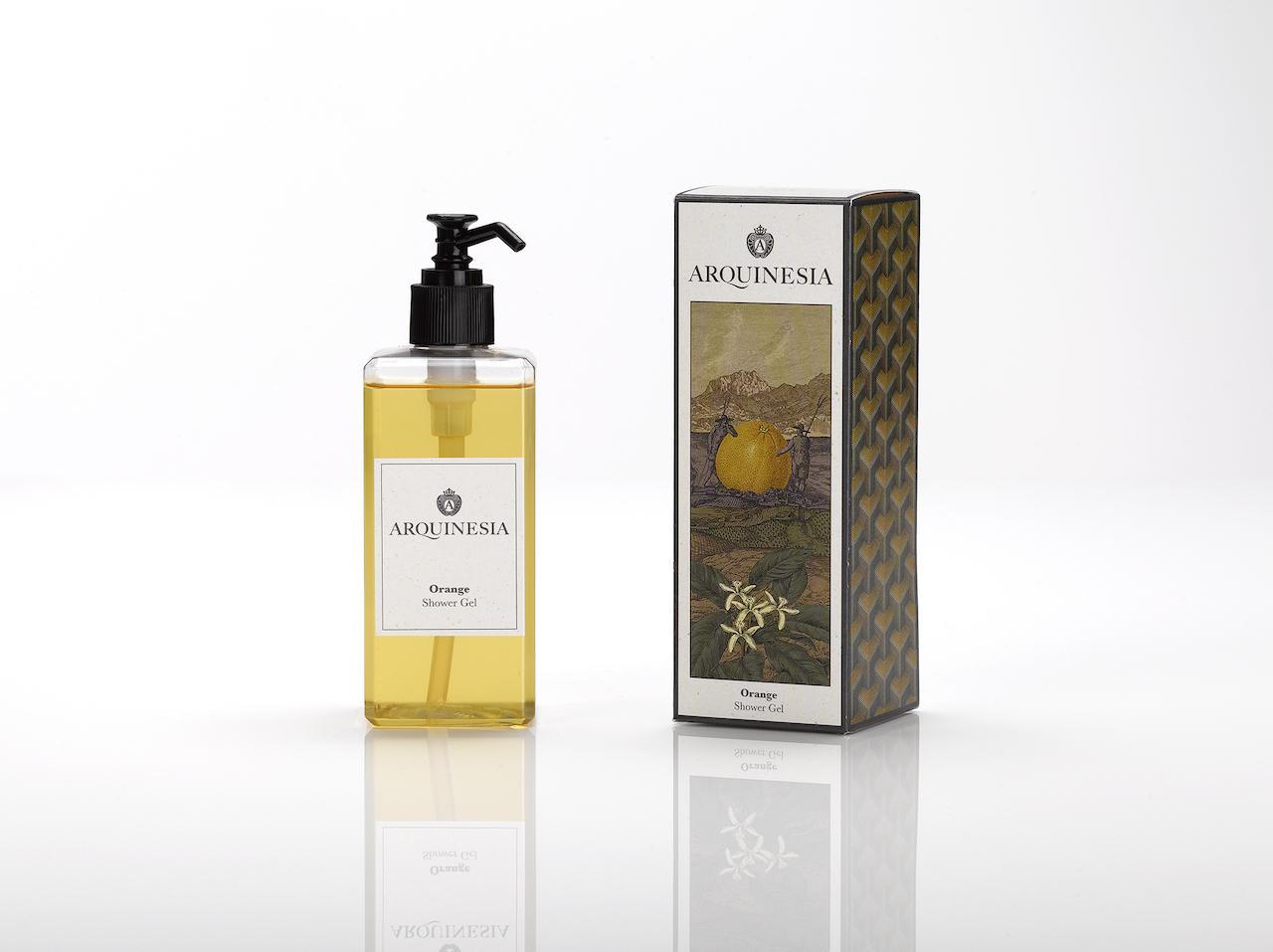 Das natürliche, vegane Duschgel (300ml) von Arquinesia eignet sich besonders für häufiges Duschen. Duft: Orange.