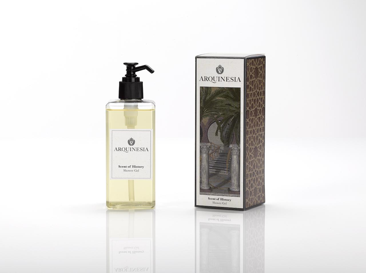 Das natürliche, vegane Duschgel (300ml) von Arquinesia eignet sich besonders für häufiges Duschen. Duft: Scent of History.