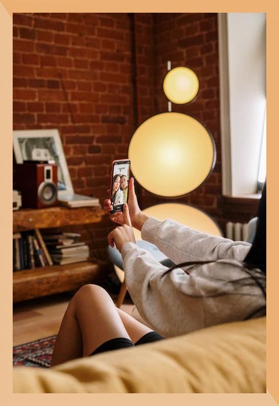 Lassen Sie sich einfach von Eloa Unique Lights zu den Produkten beraten, ganz so als wären Sie persönlich vor Ort! Jetzt Informieren!