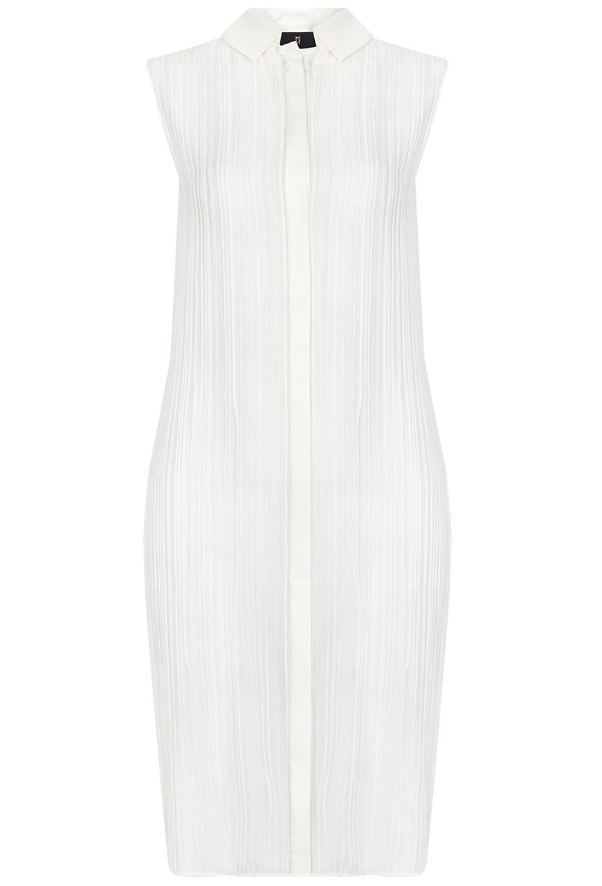 Elegantes, plissiertes, ärmelloses Blusenkleid aus Seide, mit Kragen und verdeckter Knopfleiste vorne.