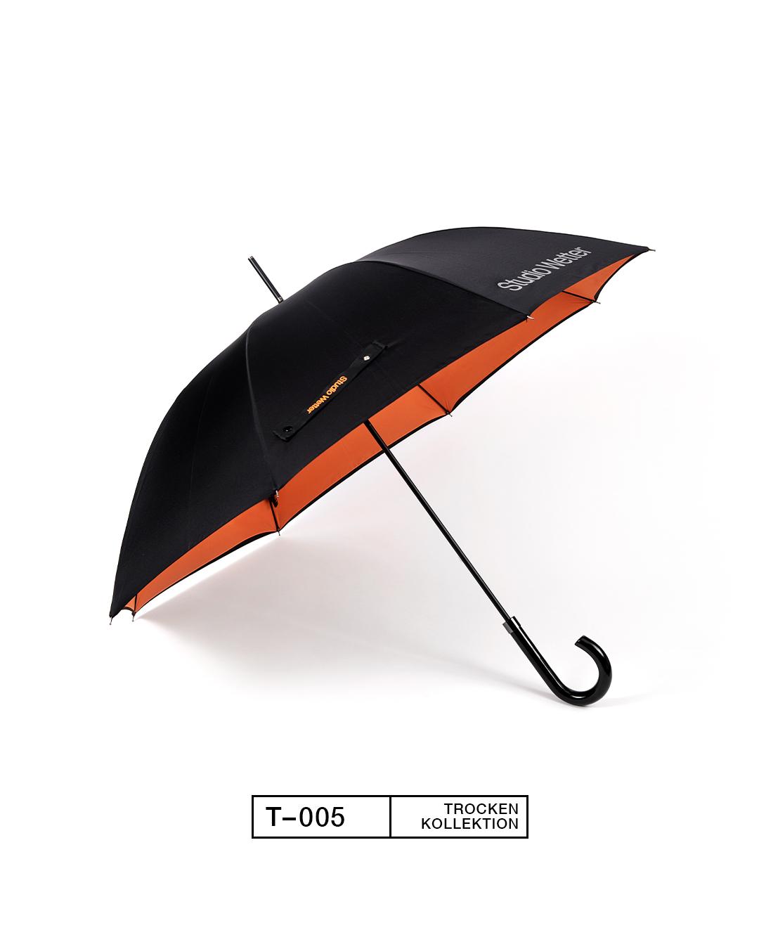 T-005, Black/Orange. Aus 100% recycelten Plastikflaschen.