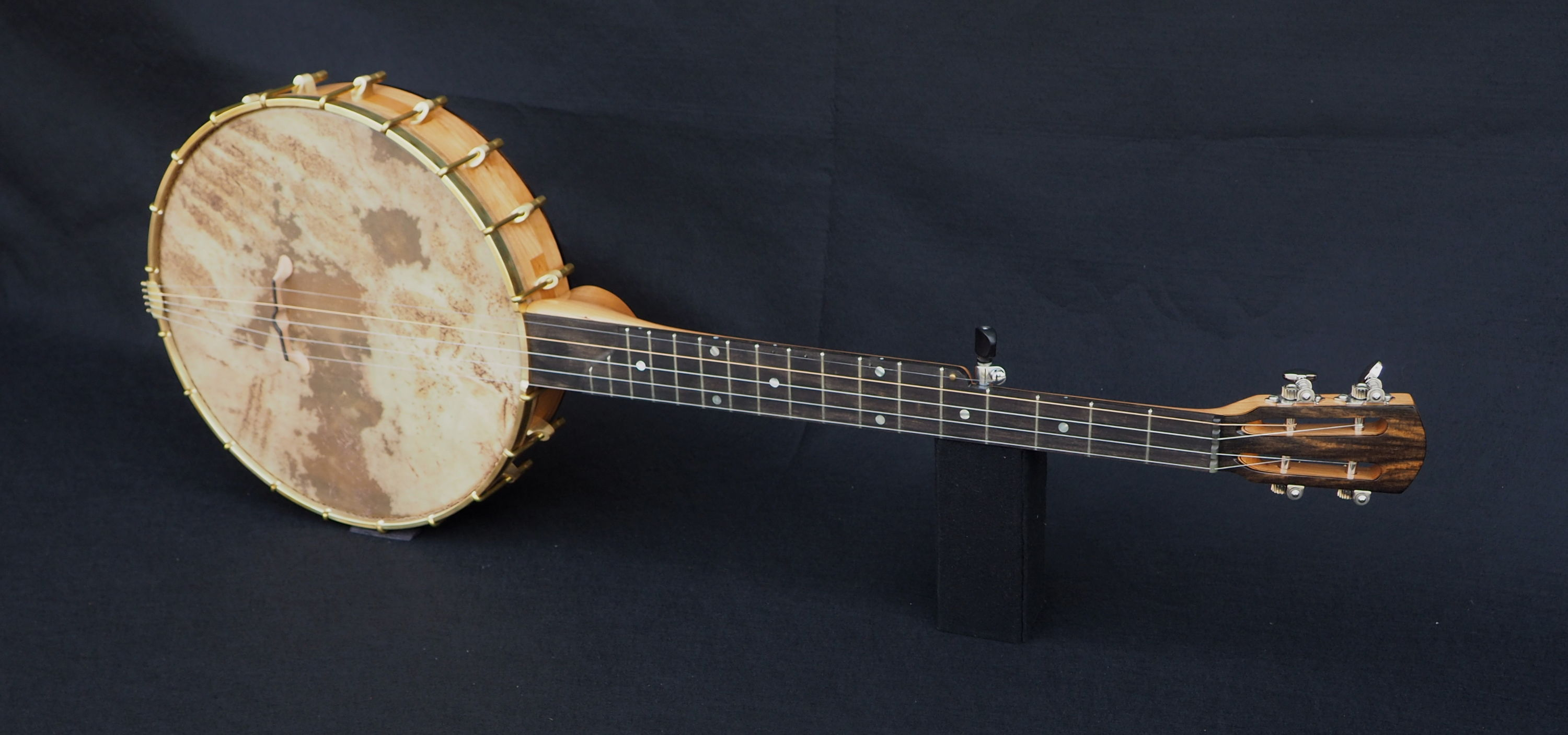 Slotted Headstock with Ebony Tone Ring Banjo